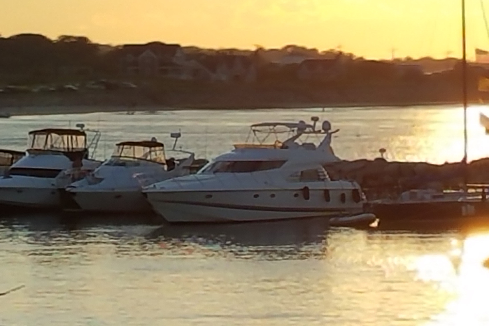 personalized-yacht-charters-01