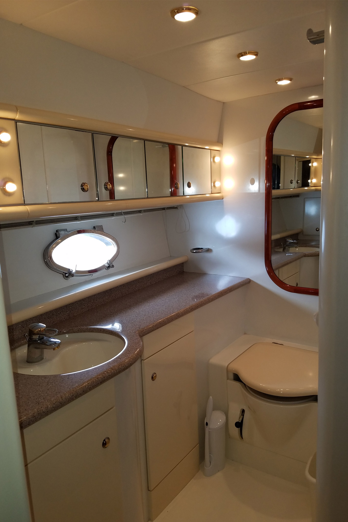 personalized-yacht-charters-25