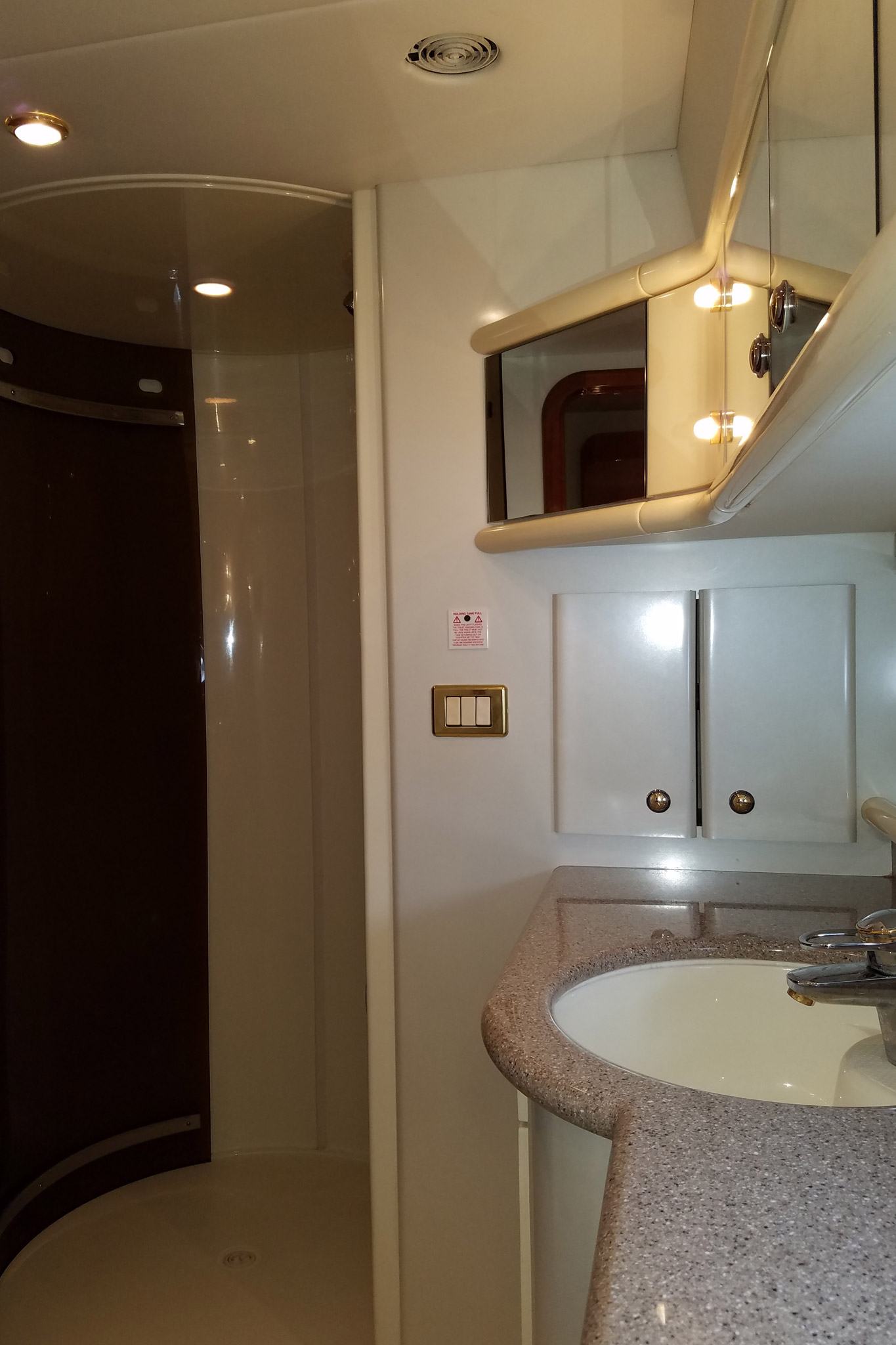 personalized-yacht-charters-26