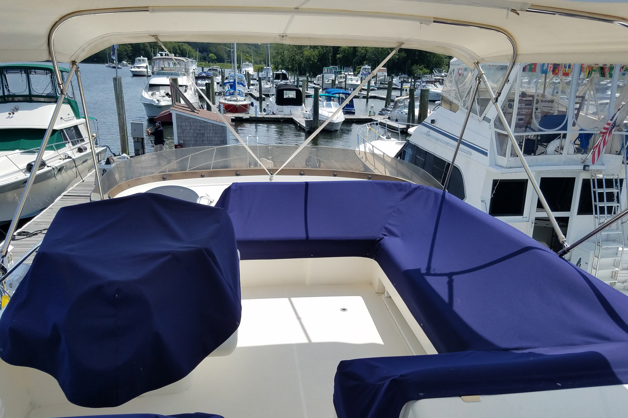 personalized-yacht-charters-31